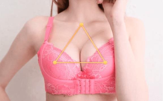 リフトアップ美胸ブラ黄金比率